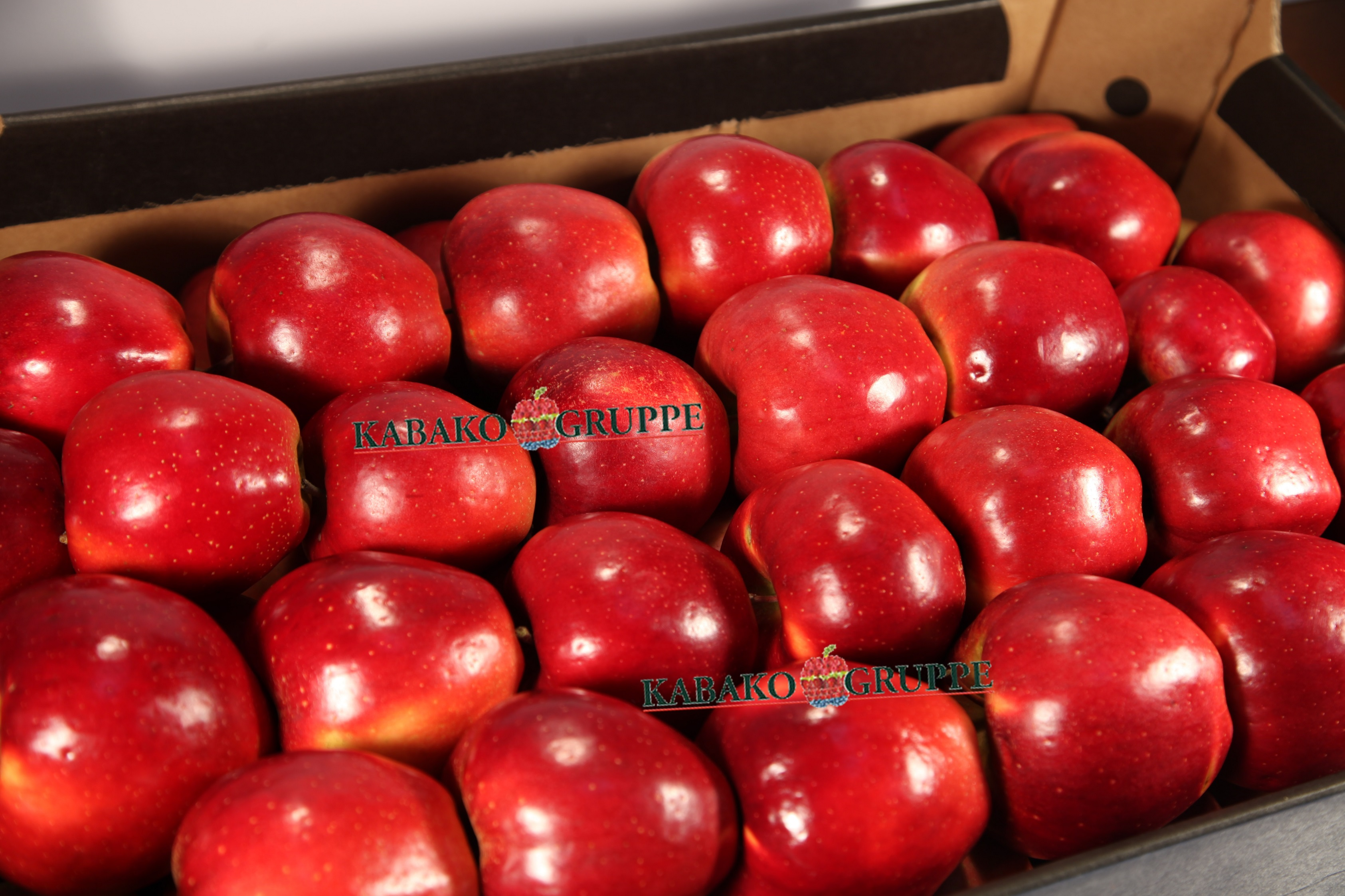 Frozen (IQF) Apples 74