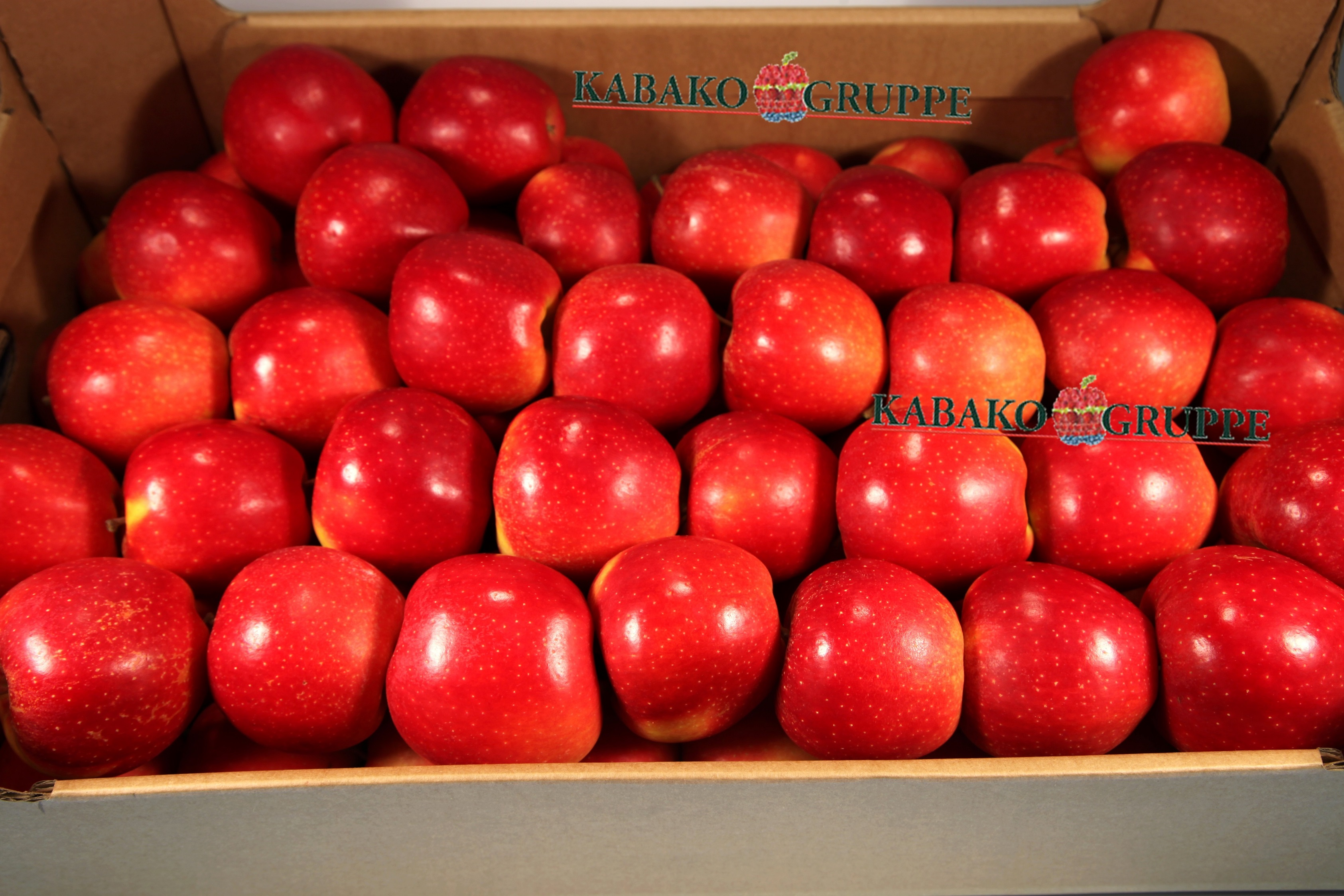 Frozen (IQF) Apples 81